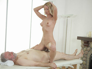 Sweetie opens pussy as wide as possible for an old cock.
